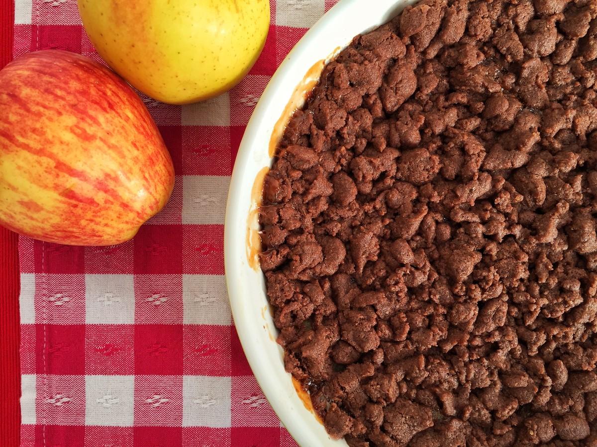 Crumble alle mele e cacao