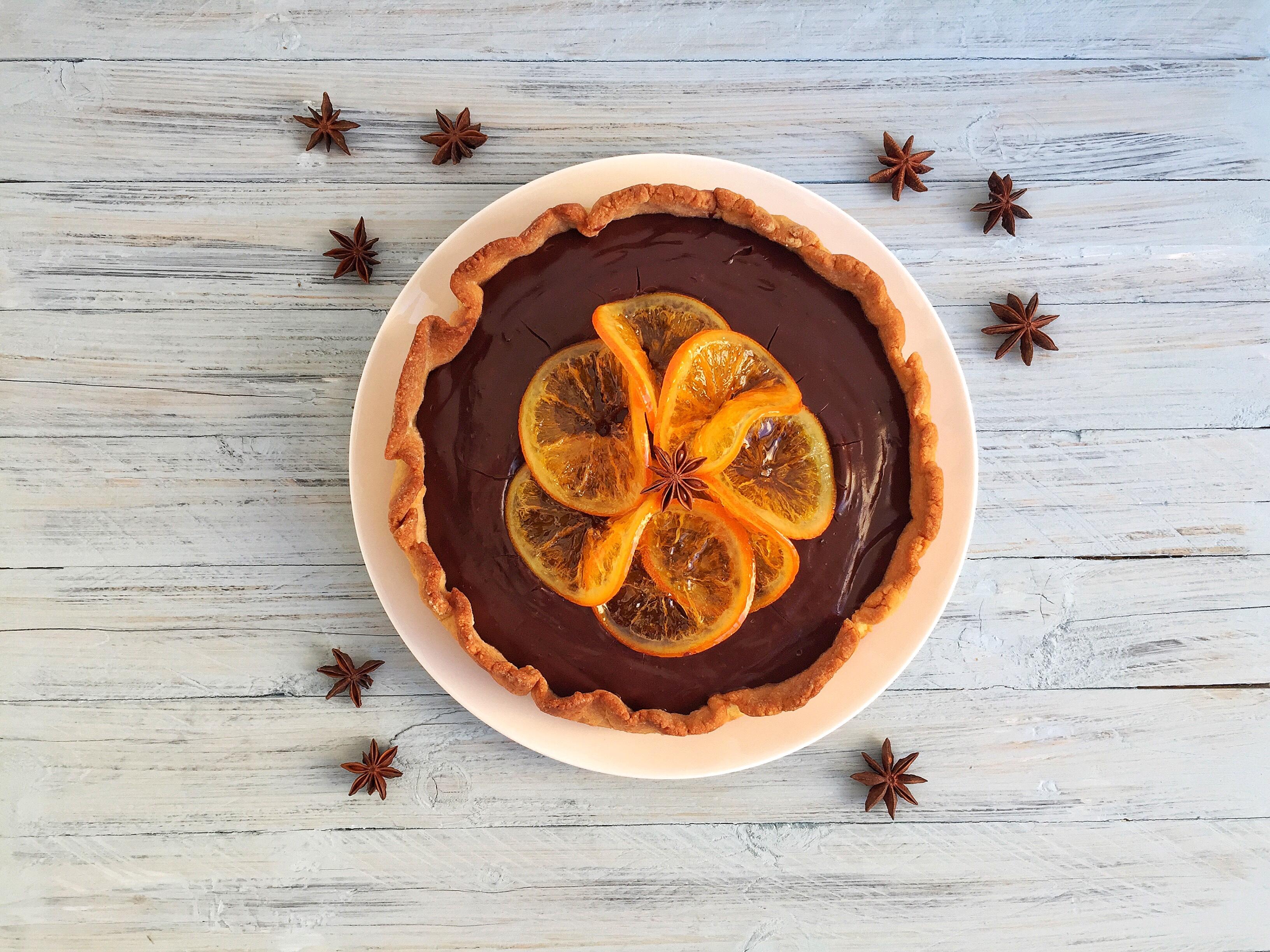 Frolla con crema al cacao e arance caramellate