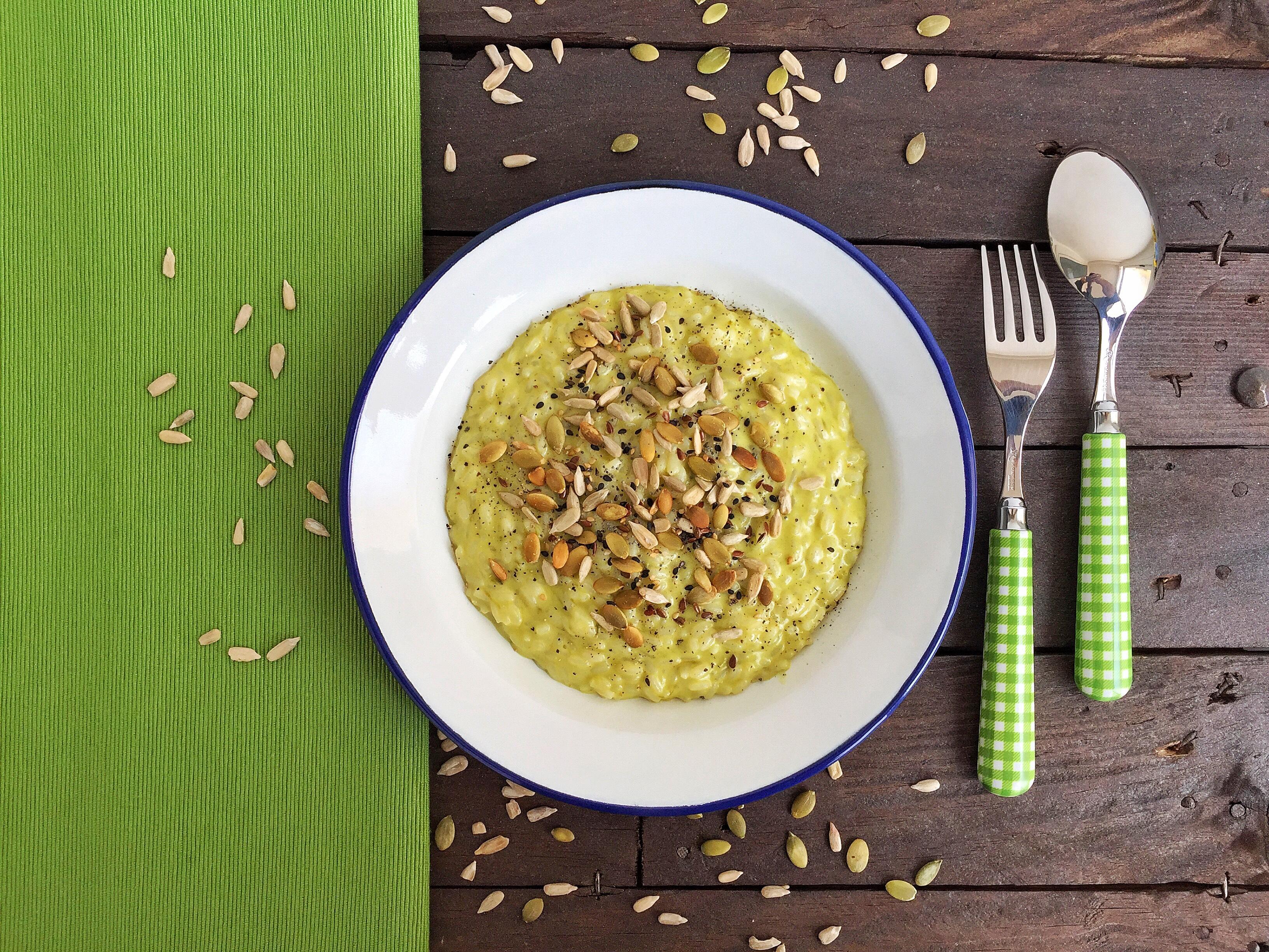 Risotto con asparagi e semi tostati