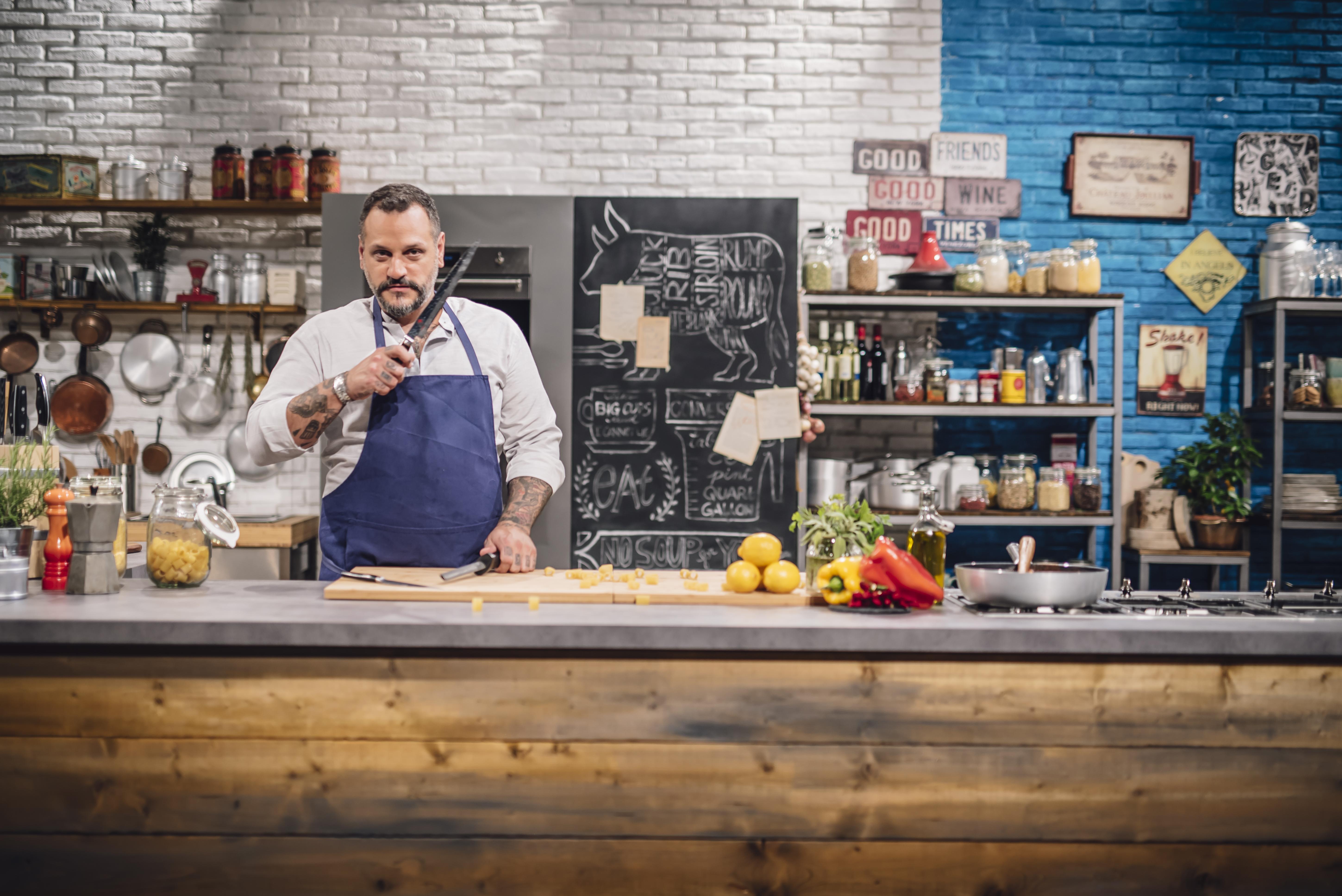 Lo chef Misha Sukyas e il suo show Effetto Wow